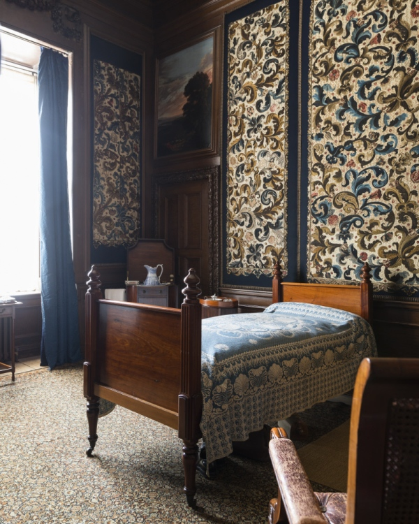 The Cut-Velvet Dressing Room. ©National Trust Images/Andreas von Einsiedel