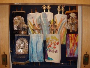 Both Historic and Chana Cromer's Contemporary Torah mantles at the Abramson Center Aron Kodesh
