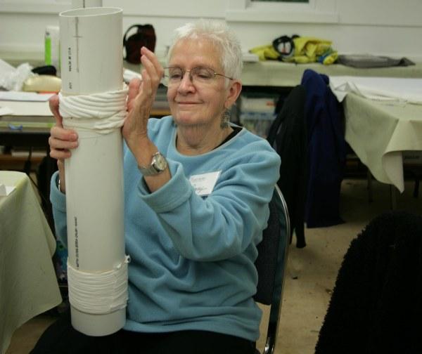 tyeing fabrics around a tube
